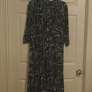 Dresses & Skirts - Black and grey dress